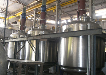 Manufacturer and Exporter of Reaction Vessels, Reaction Kettle, Chemical Reaction Vessels, Chemical Reactors, Chemical Reactor Vessels, Rotary Drum Dryer, Distillation Reactor, Distillation Kettle, Jacketed Vessels from ABSTER EQUIPMENTS